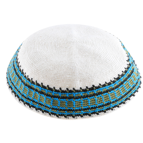 Knitted D.m.c Kippsh 22 Cm - White With Green