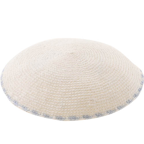 C Knitted DMC Kippah 9 Cm- White With Light Blue Around